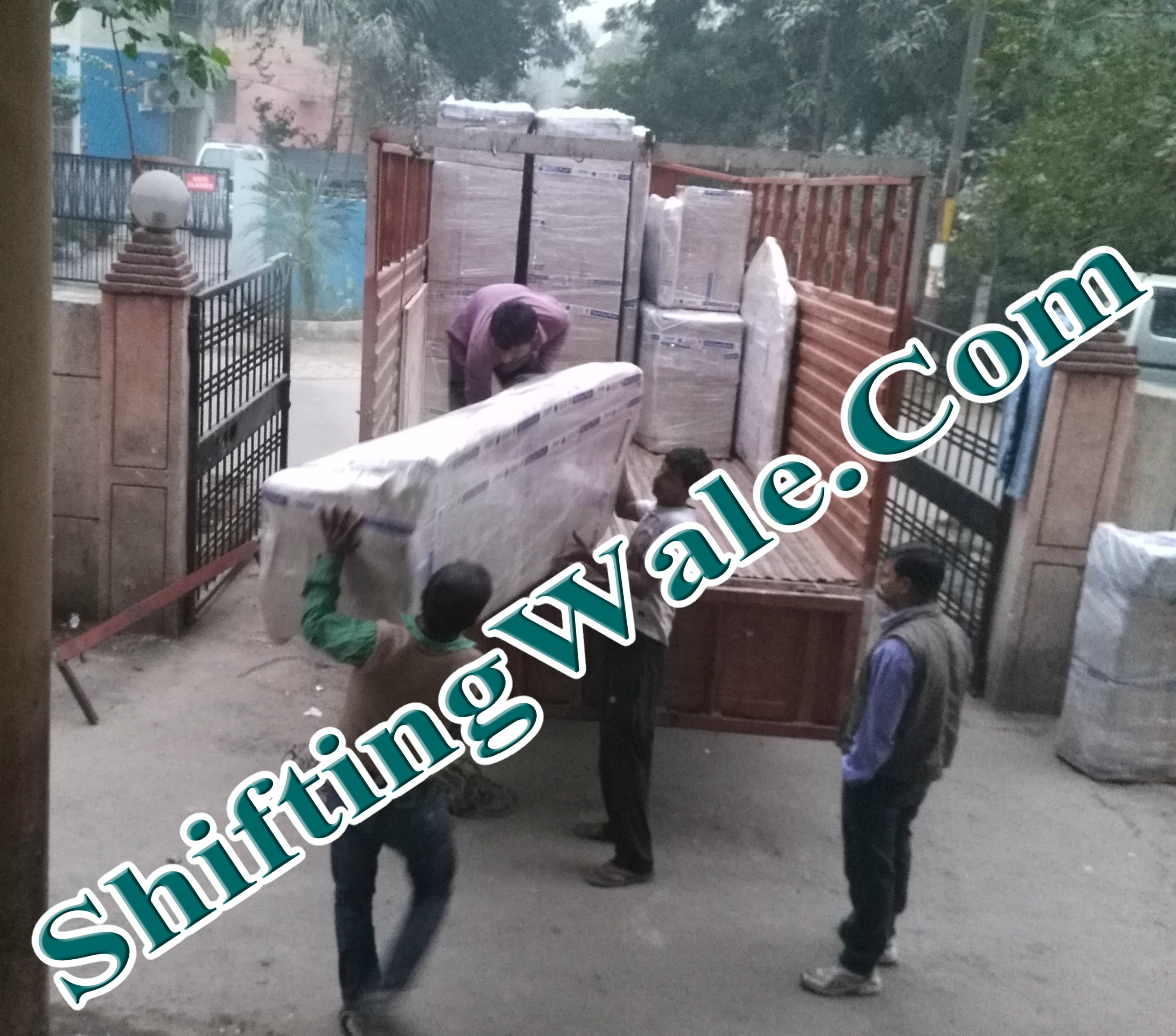 Gurgaon To Ghaziabad Packers and Movers Get Best Shifting Services