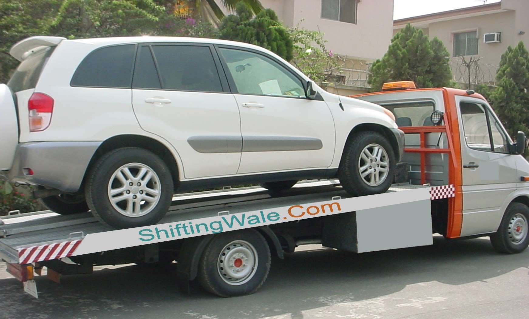 Need Flatbed Car Transportation Service in Delhi Gurgaon Faridabad Ghaziabad Noida to Hyderabad Bangalore Chennai Kochi to Delhi Gurgaon Faridabad Ghaziabad Noida