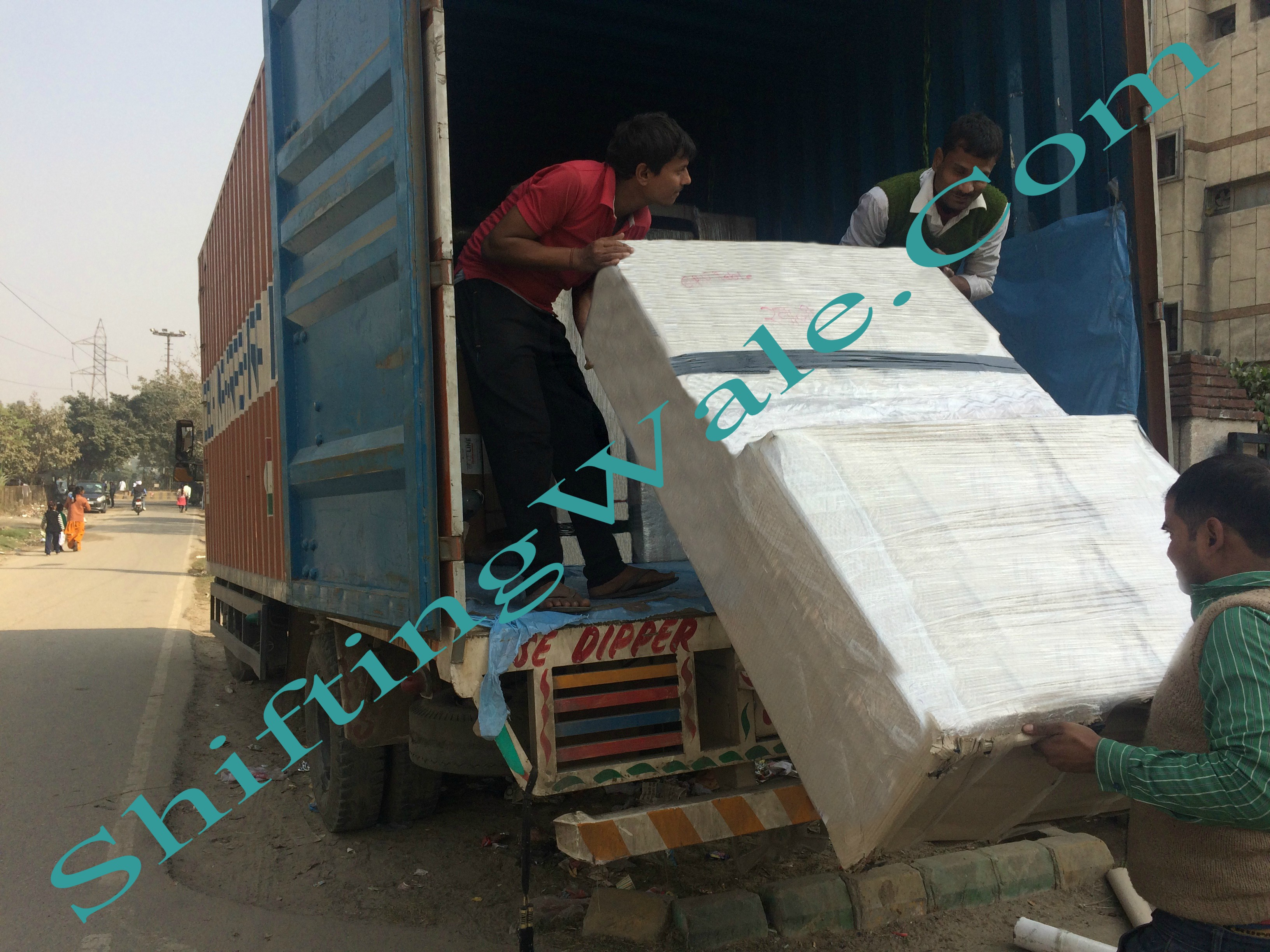 Noida to Gurgaon Packers and Movers Get Trusted Relocation Services